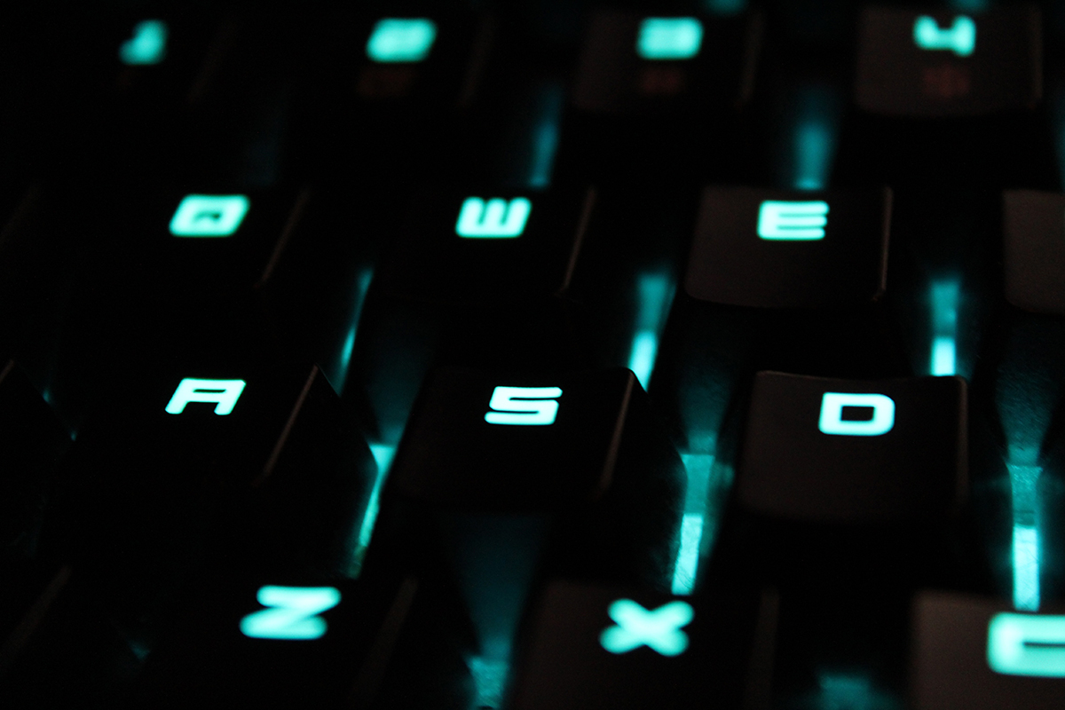 closeup image of keyboard to represent what not to say when marketing your properties online